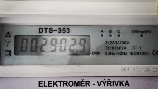 Venkovní vířivka - elektroměr.